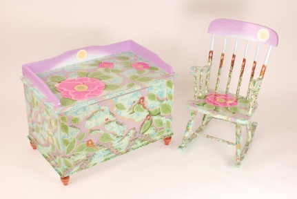 Fairy Chest and Fair Chair